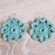 Häkel-Ohrringe Blütenform grün